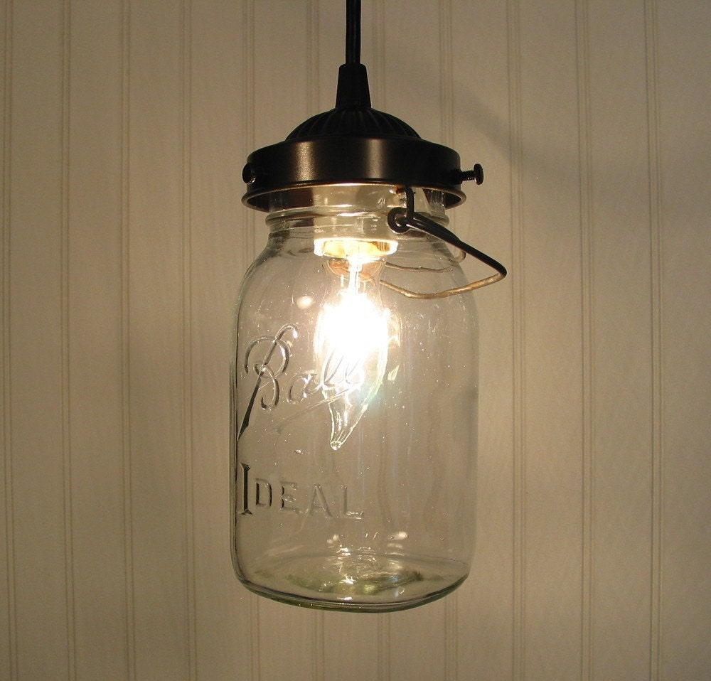 Mason jar pendant light with vintage quart jar by lampgoods for Hanging lights made from mason jars