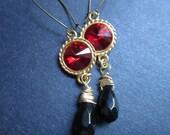 Red Earrings Gold Rivoli Black Onyx by MinouBazaar