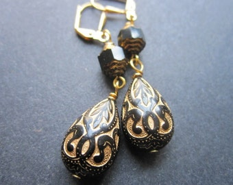 Black Gold Earrings Art Nouveau Vintage Lucite Czech Glass