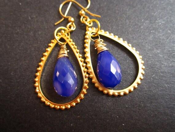 Gold Earrings Purple Chalcedony Frame by MinouBazaar