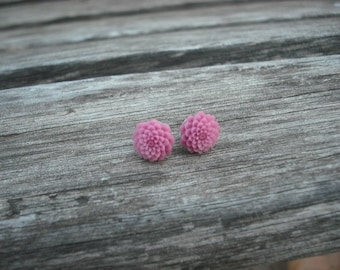 pink mum post earring