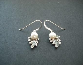 little oak leaf earrings