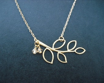 matte yellow  gold finish five leaf branch necklace - 16K gold plated chain