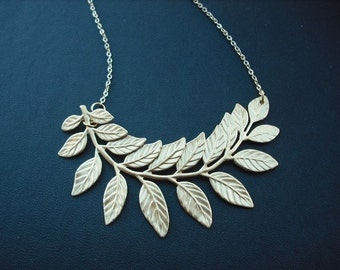touch of life necklace - 16K yellow gold plated chain