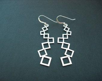 matte modern linked squares earrings