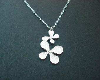 matte white gold plated clovers pendant necklace - double sided