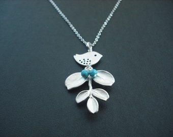 Bridesmaid Gift, Bridesmaid Necklace with Adorable Leaf Pendant, Mod Bird, Turuqoise Beads, Flower Girl Gift, Birthday Gift