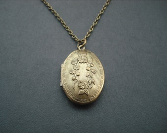 Locket Necklac, Antique Brass Locket Necklace, Oval shaped flower locket necklace