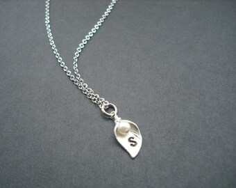 birthstone necklace - single personalized initial Calla Lily necklace version 1
