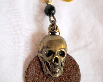 Skullduggery Earrings, Time Raveler