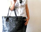 SALE 25%  -Wrinkled leather bag black and silver color