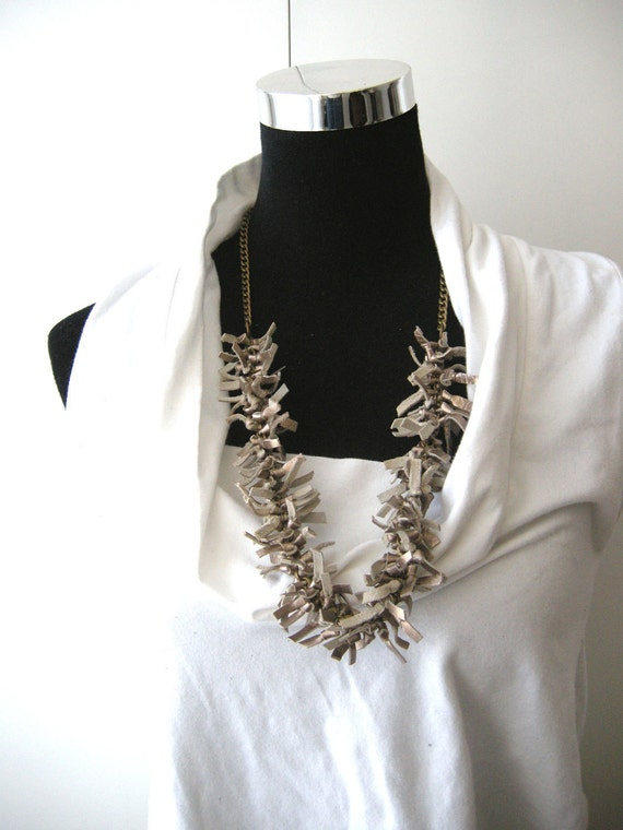 Knots leather  necklace - beautiful metal color