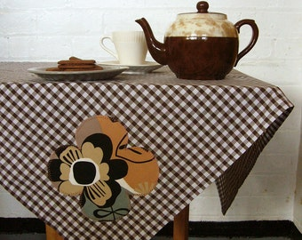 betty brown gingham picnic tablecloth