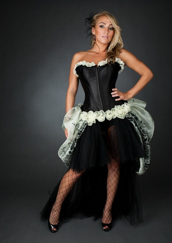 Size large Burlesque corset dress black and ivory color