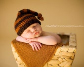 the russ // newborn knotted santa hat
