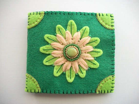 Needle book green felt organizer with embroidered and beaded