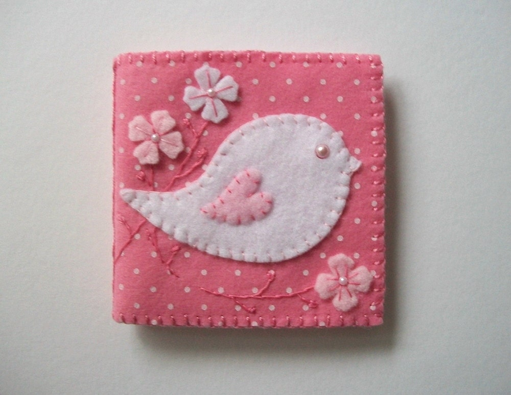 Pink Needle Case Felt Organizer With Folk Art Bird And White