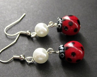 Lovely Ladybug Earrings Handmade with Lampwork Beads. Artisan Jewelry by Gilliauna