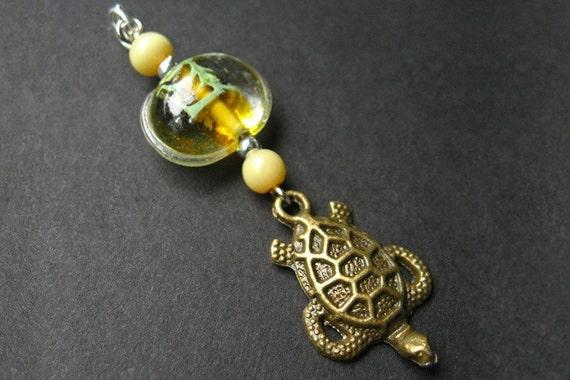 Turtle Keychain. Phone Charm, Purse Charm. Handmade Key Charm - Surfs Up Sea Turtle.