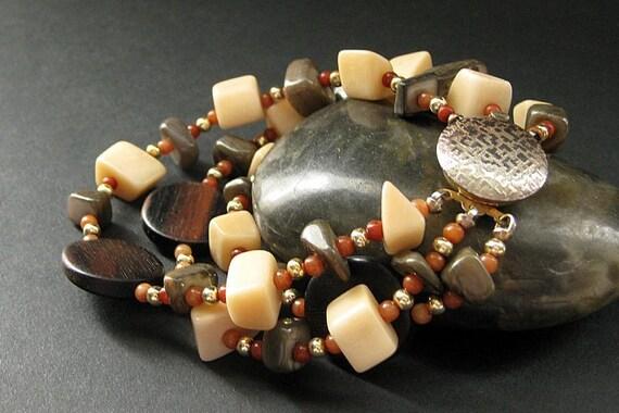 Beaded Wood and Bone Bracelet in Dark Wood and Ivory. Handmade Bracelet.