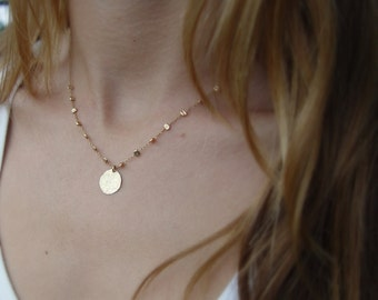 Small Shiny Gold Disc Necklace, Gold Necklace, Gold Disc Necklace, Gold Disc Pendant, Hammered Gold Disc Necklace, Simple Everyday Necklace