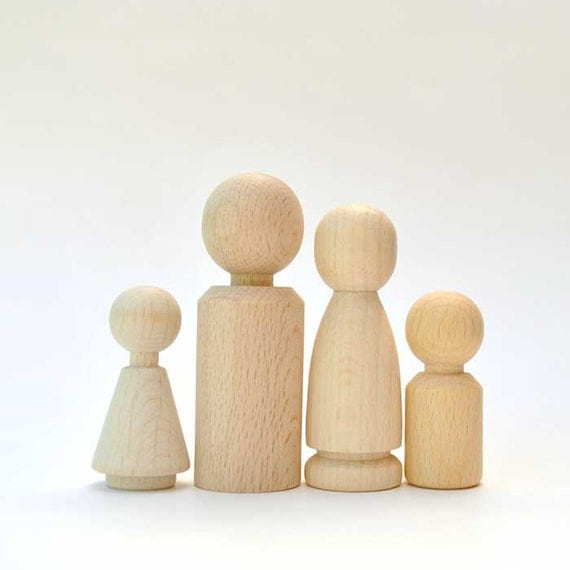 Wooden Doll Family of 4 - Peg Dolls - natural Wooden Toys, wooden pocket gnomes - Waldorf Children toys, Easter Decoration, party favors
