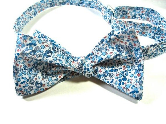 Mens Bow Ties, Freestyle Bow Ties, Liberty of London Fabric, Bow Ties, Wedding Bow Ties, Bow Ties, Bow Tie, Custom Bow Ties, Floral Bow Ties