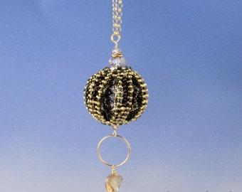 Divinity bead