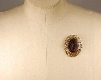 Vintage Faux Amber Cameo Goldtone Metal Brooch