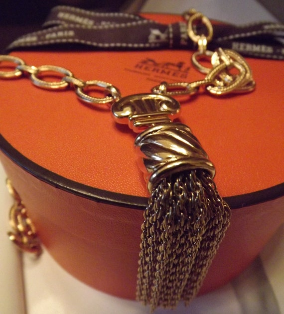 Vintage Monet Long Goldtone Tassel Neckchain Classic Designer Style