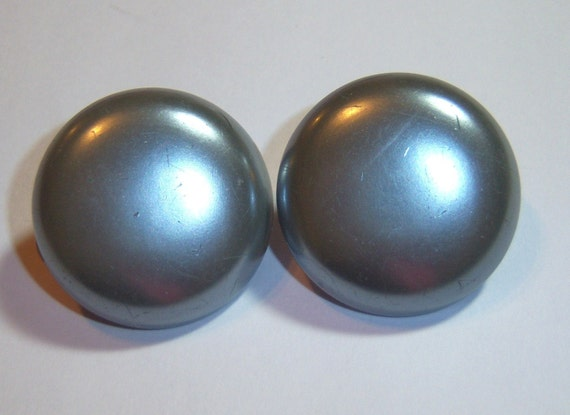 vintage Japan gray button clip on  earrings