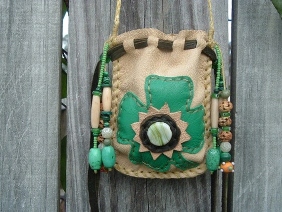 St Patricks Day Medicine Bag design with a Shamrock and a glass bead on the front ((((SALE))))