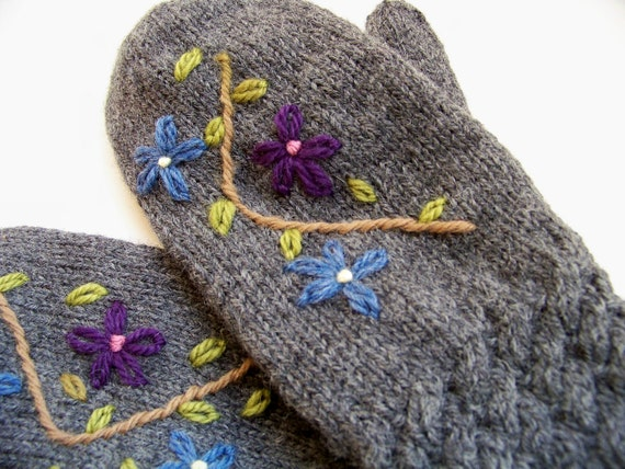 Wool Mittens Hand Knit Wool Mittens Women Embroidered - Charcoal Wildflowers