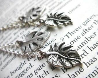 Dangling Leaves - Earrings