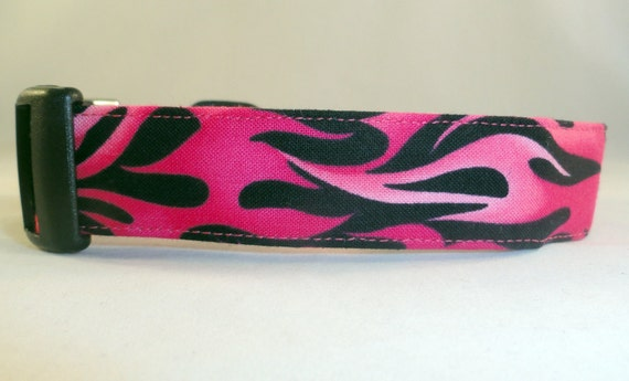 Awesome Hot Pink Flames on Black Dog Collar