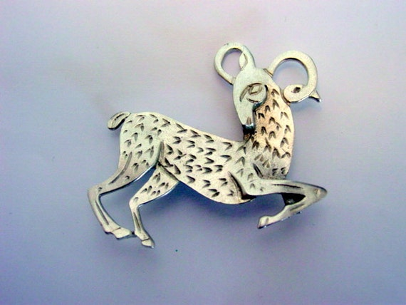 Vintage Ram Brooch 1950s Figural Ram Pin Vintage Jewelry jewellery Silver Tone