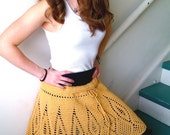 The Sharp as a Diamond Skirt in yellow (size XL)