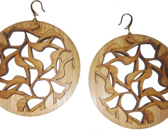 Small Floral Cut-Out Earrings KSE111013