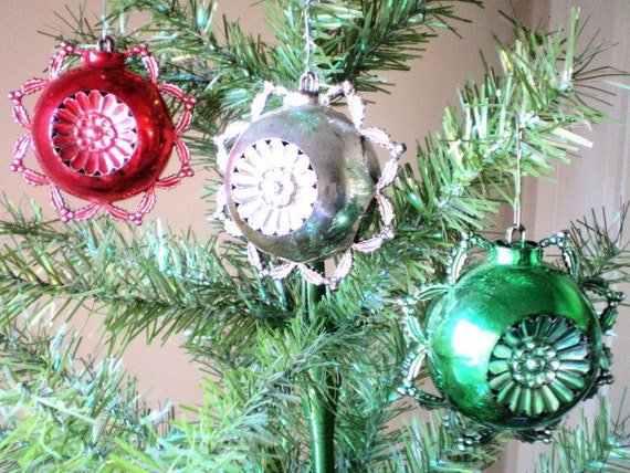 1950s Atomic Age Christmas Ornaments By Archipelagovintage