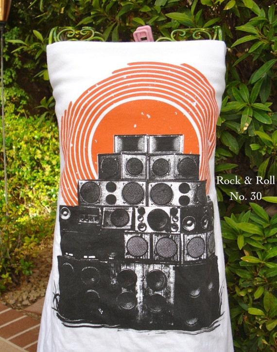RESERVED FOR ADLAUREN Pop Art Speaker Stack t shirt