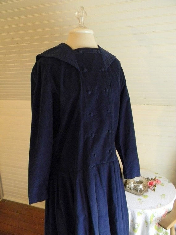 Laura Ashley Winter Dress in Dark Blue - Size Large