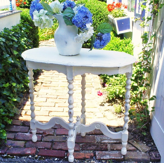 Reserved.............this table is sold.   Shabby chic table   furniture