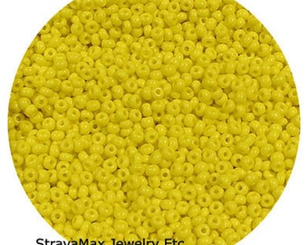 10/0 Lemon Yellow Seed Beads - sold in one ounce packs - 2200 beads to an ounce - approx 2.3mm diameter - Czech glass beads