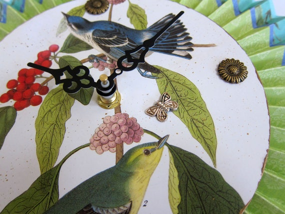 Cottage Chic Audubon Bird Wall Clock Apple Green Turquoise Blue Spring Home Decor