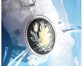 Carved Victorian Rose- Sterling Silver Necklace  U 5547