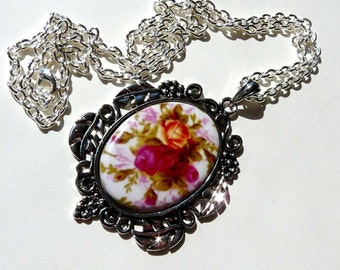CLEARANCE  Cherish-Victorian Rose-Necklace  R 9666