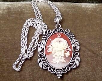 Folklore-Carnelian Hibiscus-Necklace  R 9683