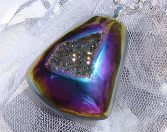 Majestic Sparkle-Titanium Druzy Crystal-Necklace  R 253