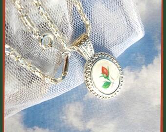 Rose Bud, Speaking Of Love- Necklace  U 5717