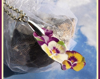 Grandma's Dishes - Pansy China - Necklace  B 6307